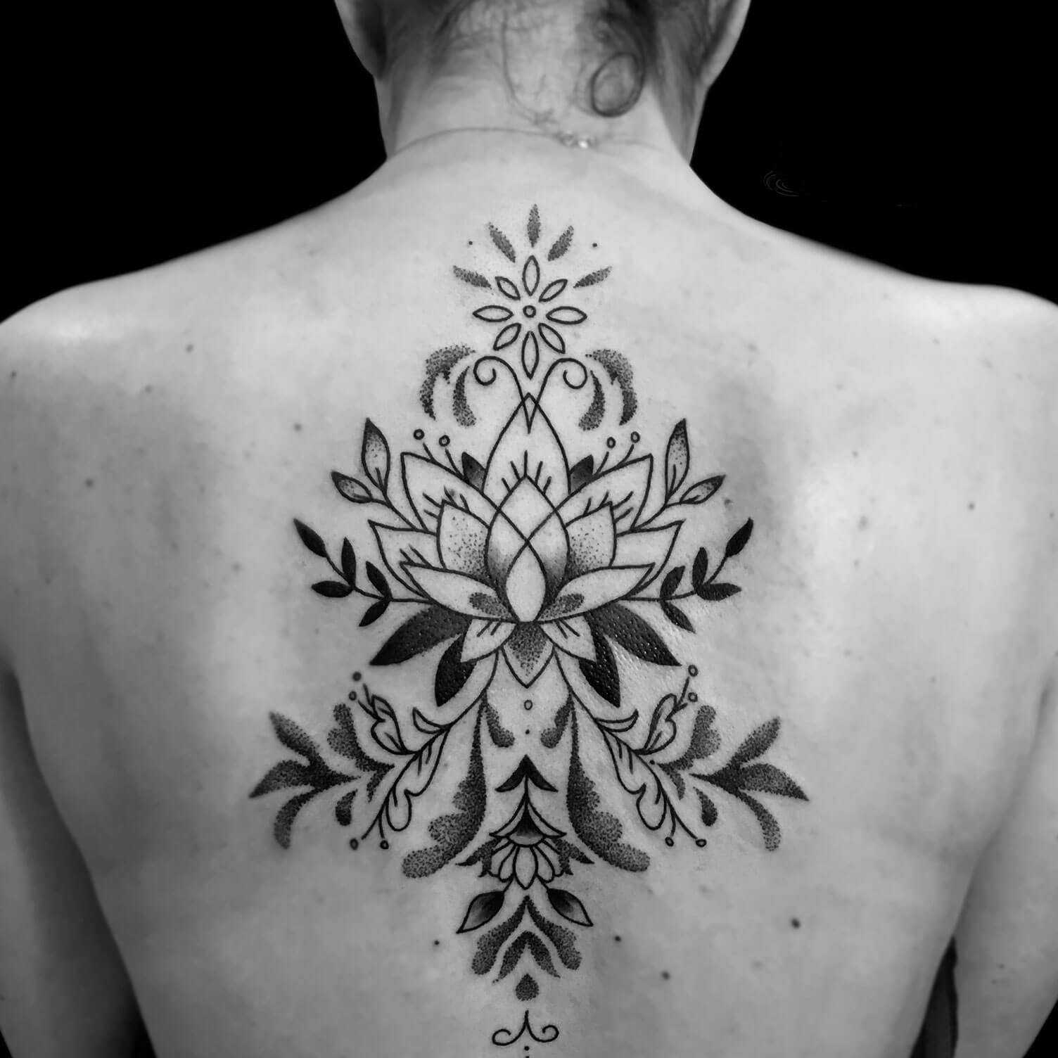Ornamental Etnias Tattoo